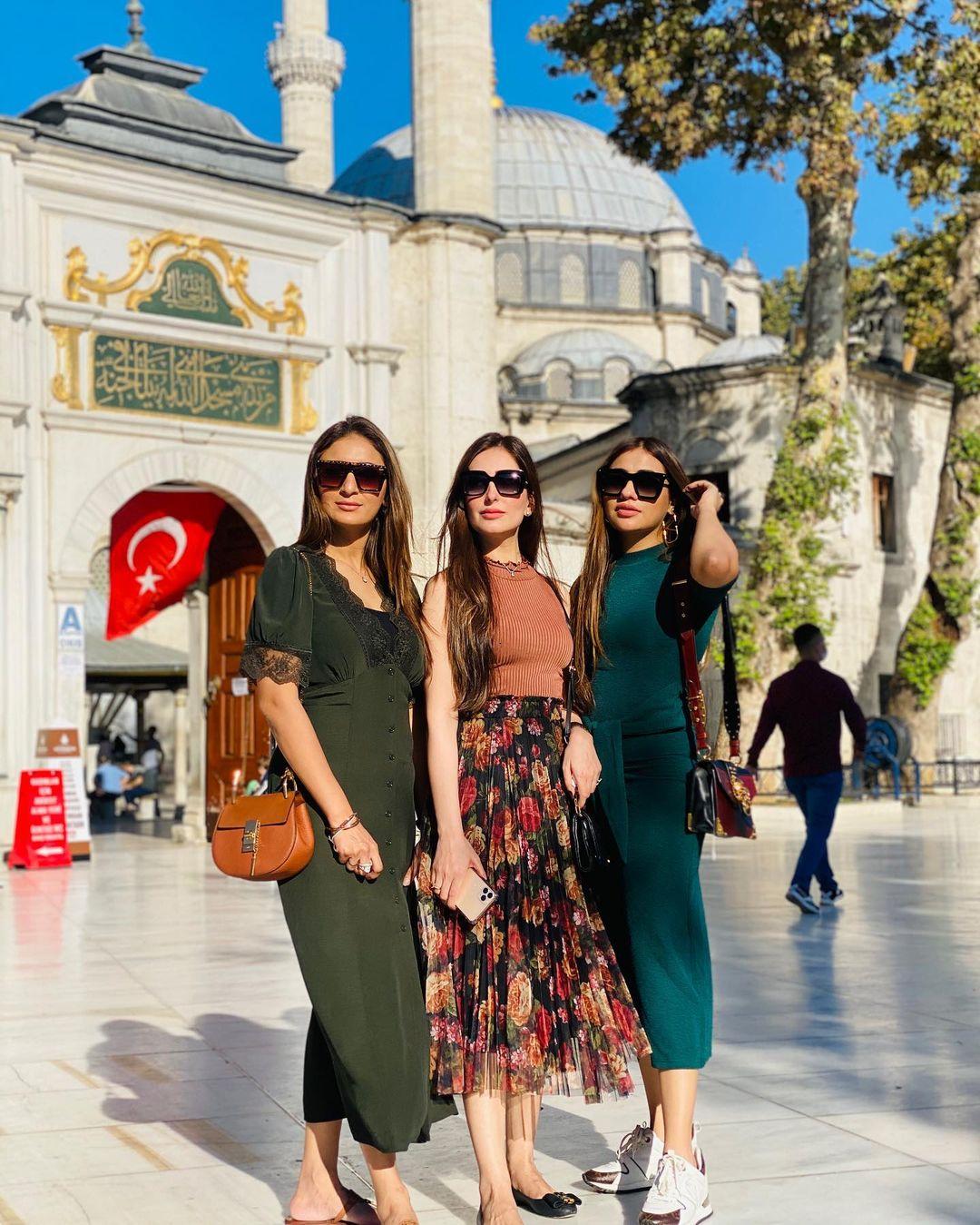 Pakistani Celebrities Enjoying Vacations in Turkey - Beautiful Pictures