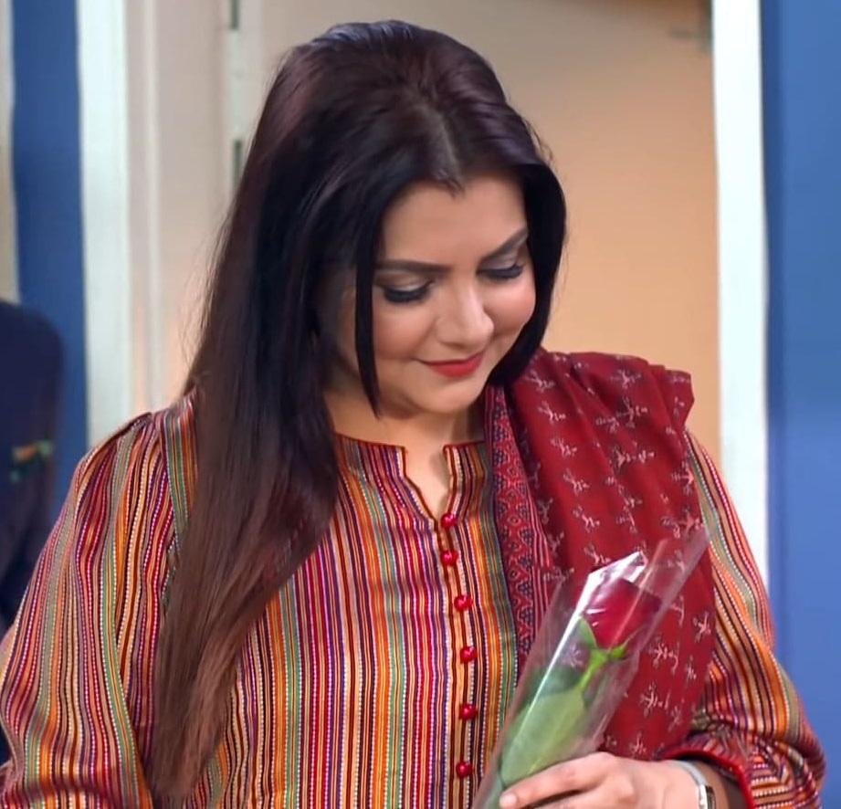 Faiza Hassan 17