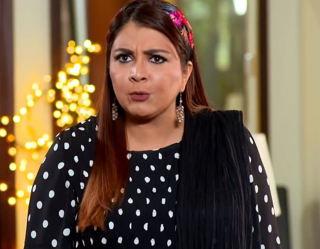 Faiza Hassan 4 2