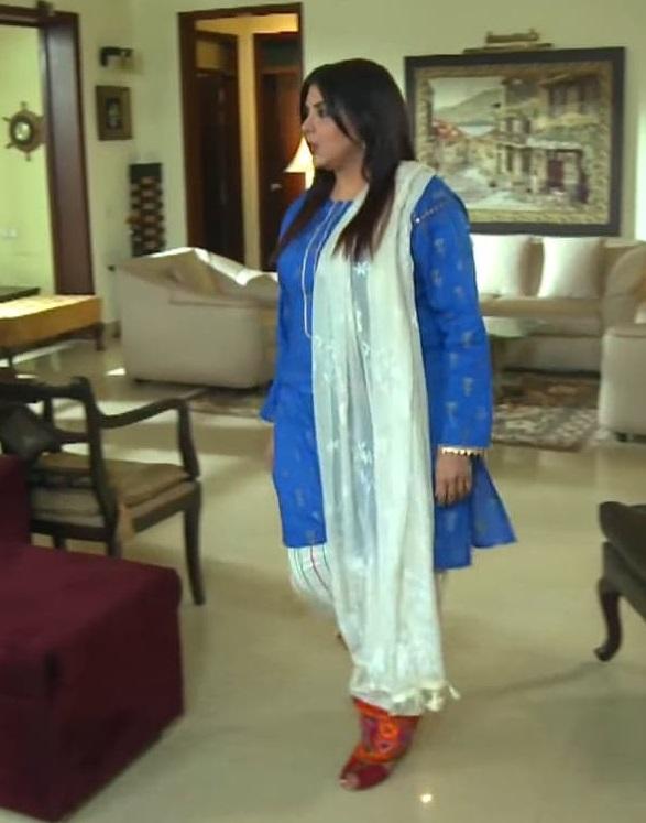 Faiza Hassan 6 6