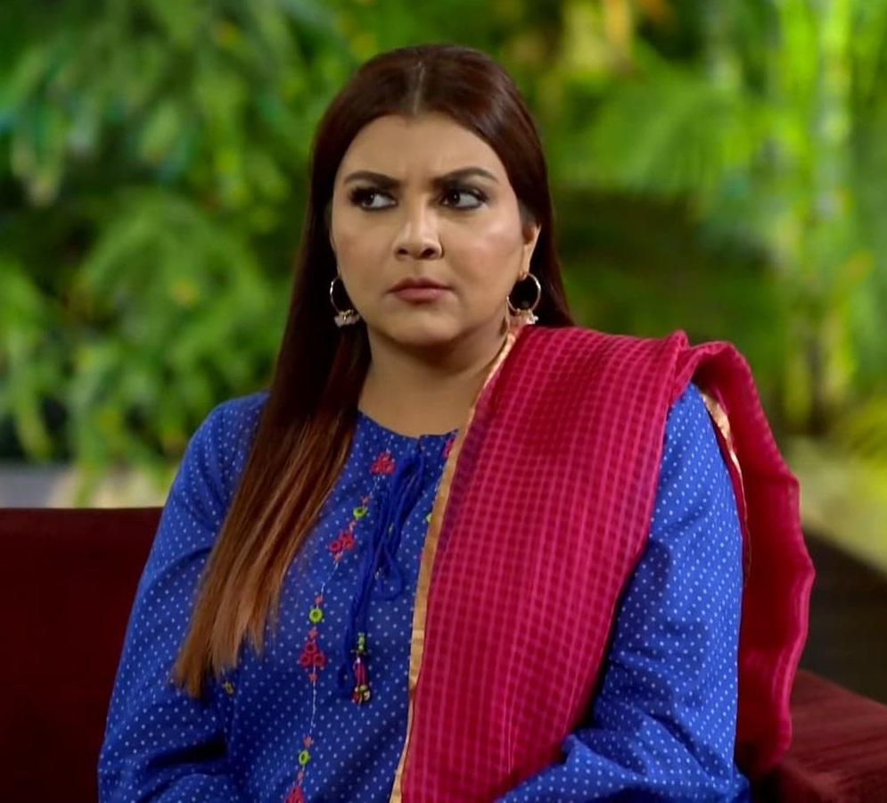 Faiza Hassan 7 2