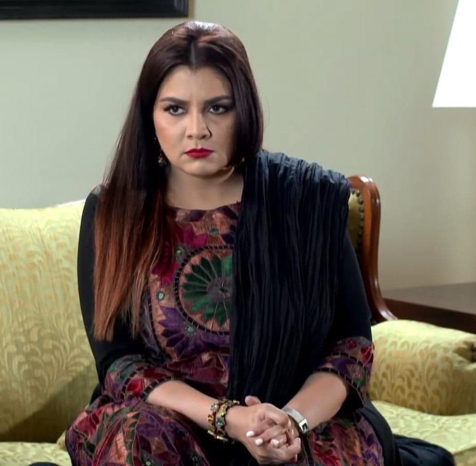 Faiza Hassan 8 5
