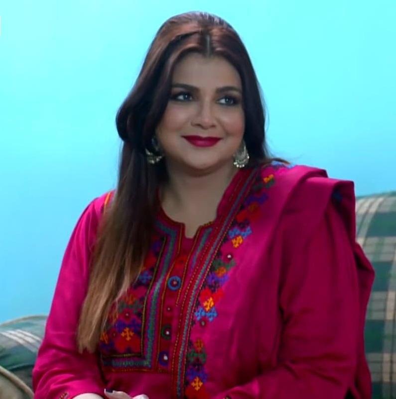 Faiza Hassan 8