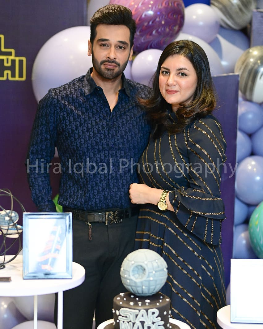 Faysal Qureshi Celebrated his Birthday with Family and Friends