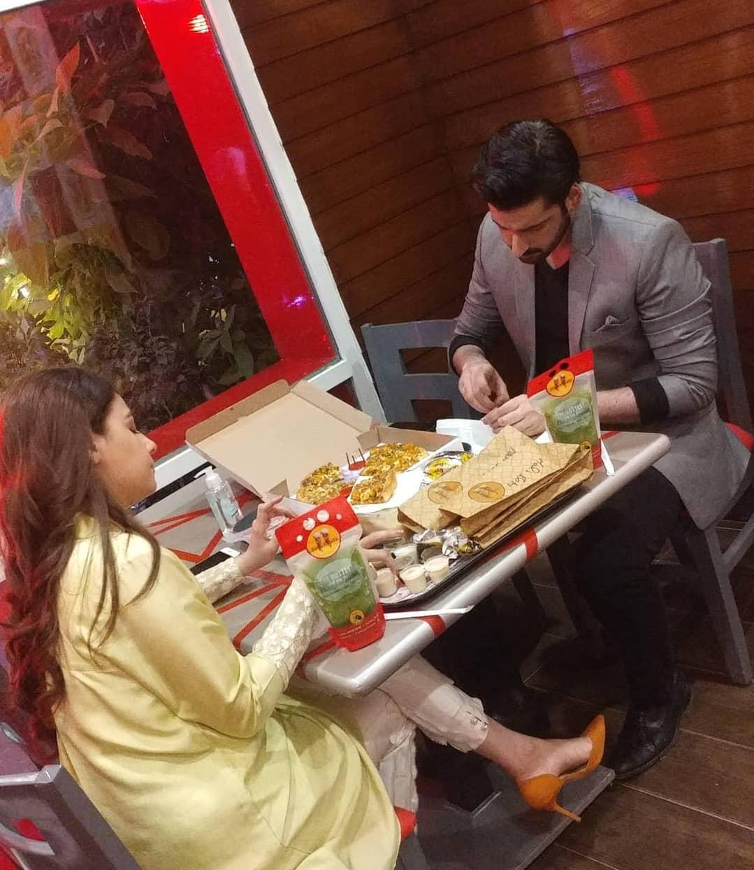 Hina Altaf and Agha Ali Spotted at Emly Chilli Restaurant Karachi