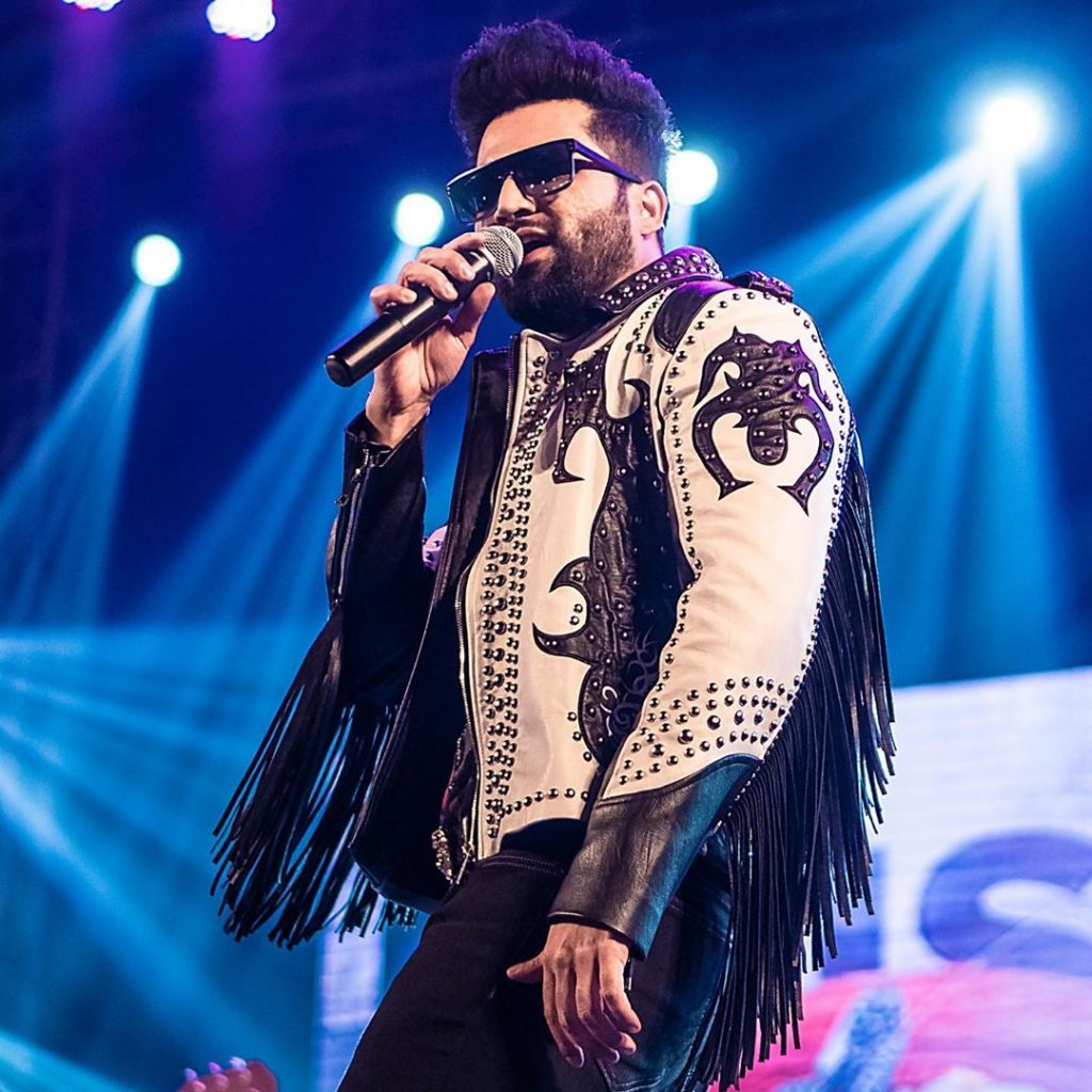 Is Falak Shabir All Set To Make His Acting Debut 40