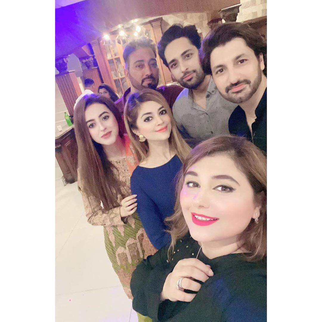 Showbiz Celebrities Spotted at Javeria Saud House for Dinner Party