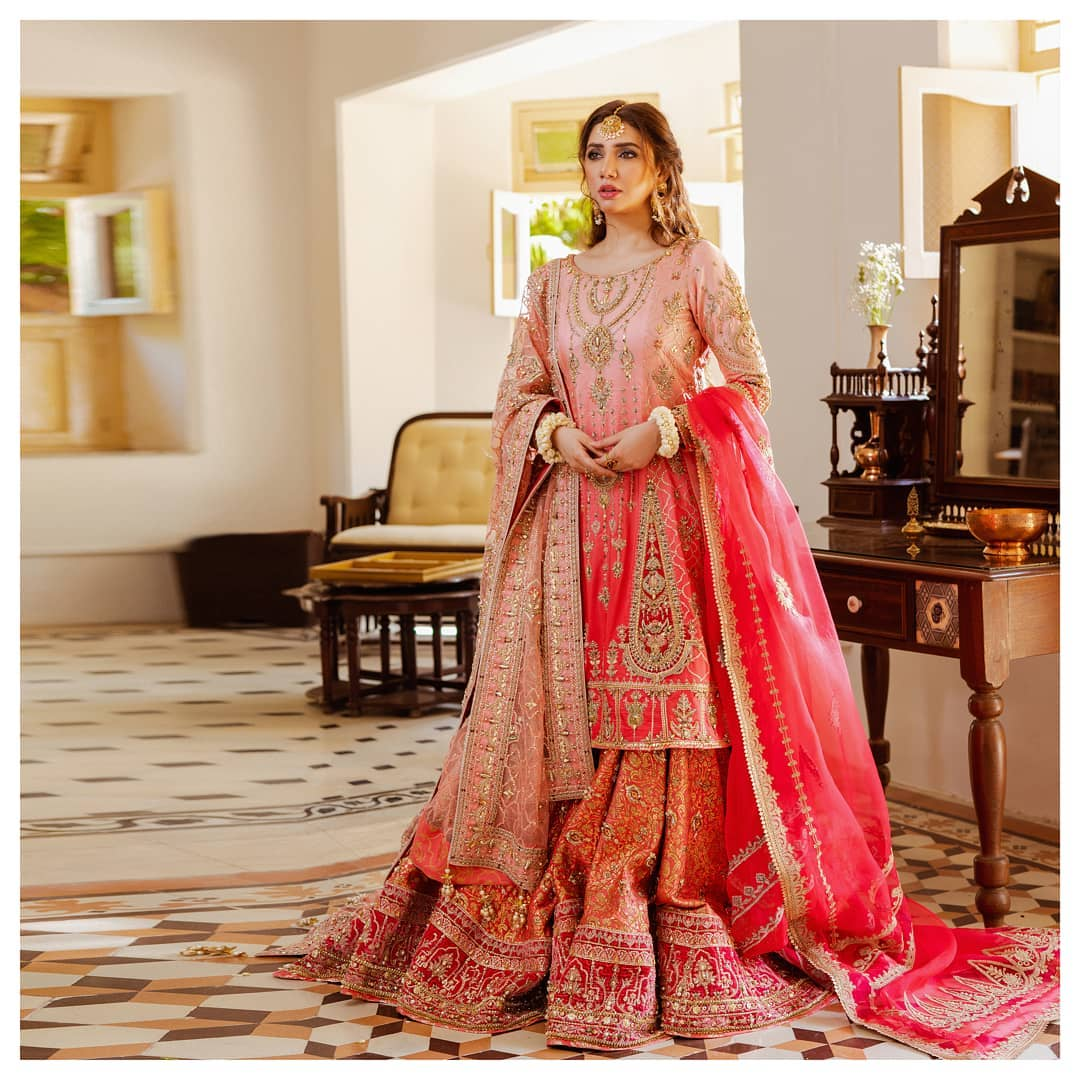 Latest Bridal Shoot of Beautiful Mahira Khan for Mohsin Naveed Ranjha