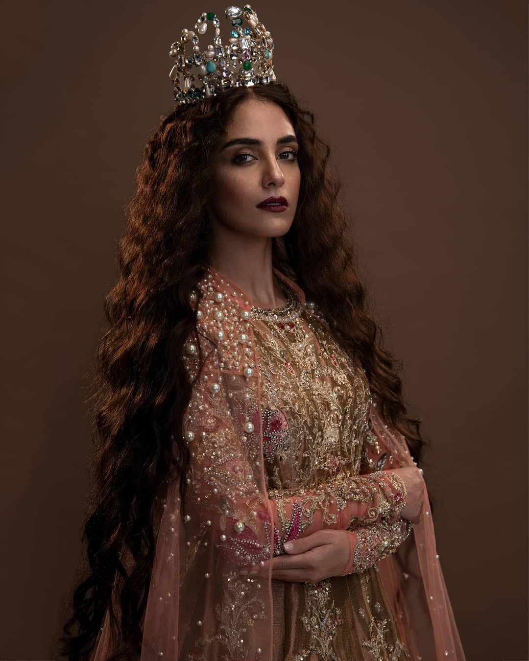 Maya Ali is Looking Stunning in Bridal Shoot for Ali Xeeshan