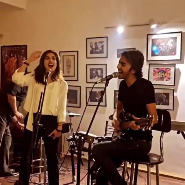 Mehwish Hayat Enjoys Singing Chhalawa Song