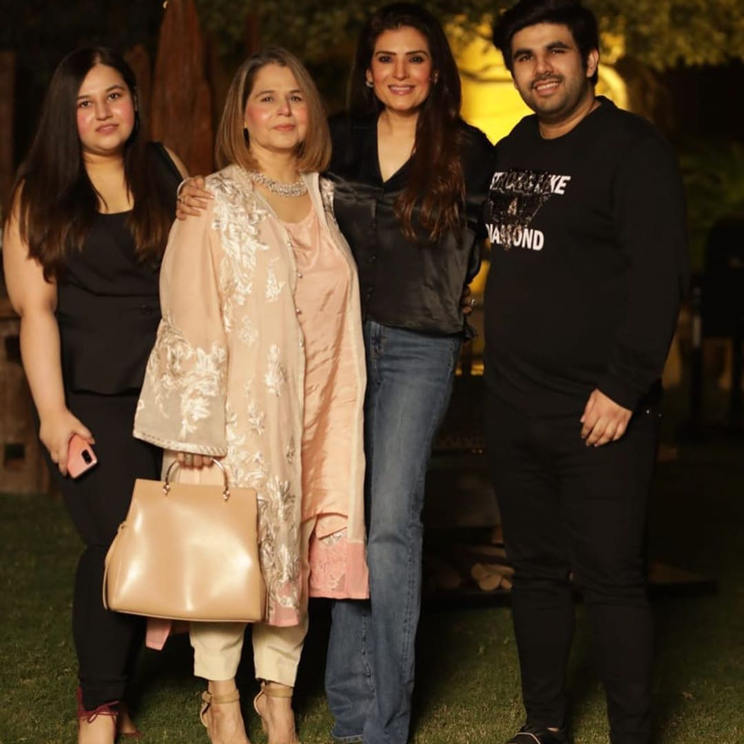 Beautiful Birthday Party Pictures of Actress Resham