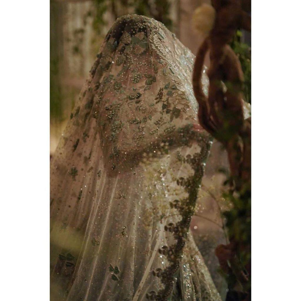 Sana Javed As Show Stopper For Elan Fashion Show