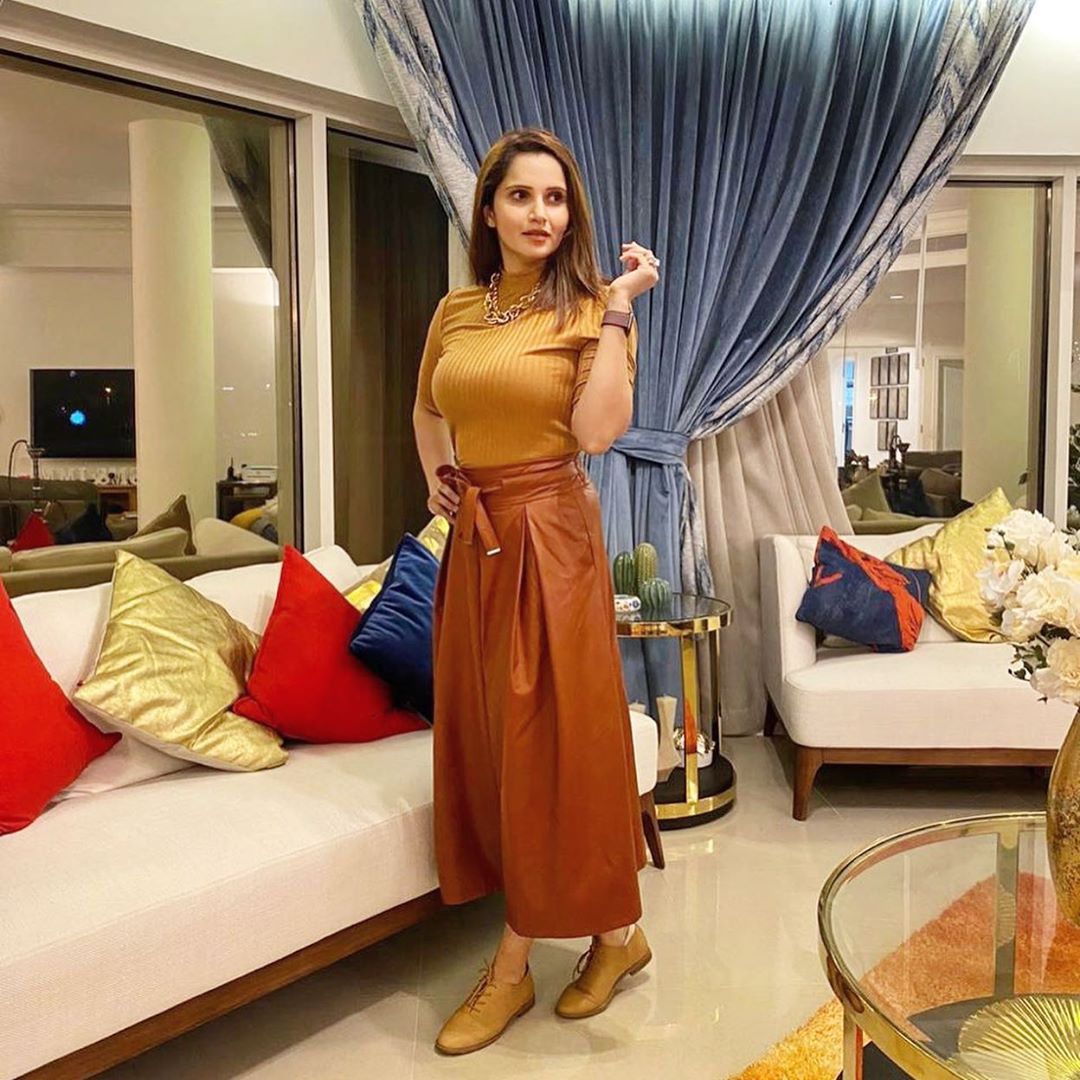 Sania Mirza Latest Pictures and Videos with her Son