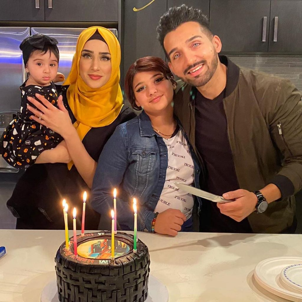 Sham Idrees Celebrated Birthday With Family 11