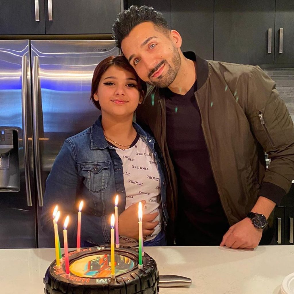 Sham Idrees Celebrated Birthday With Family 12