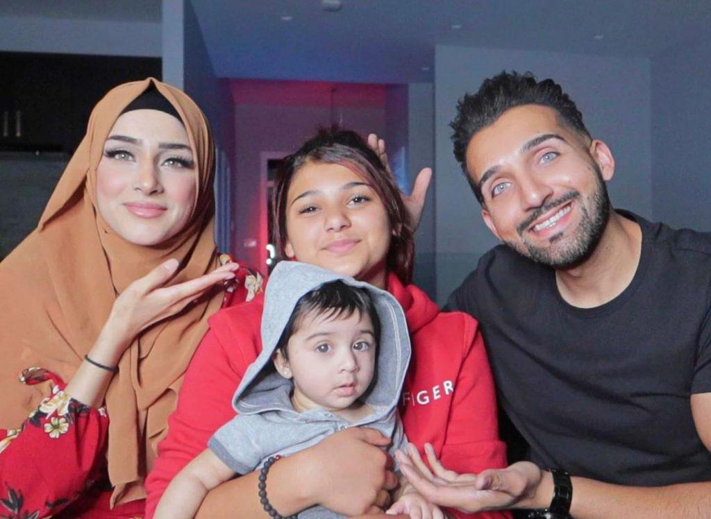 Sham Idrees Celebrated Birthday With Family 14