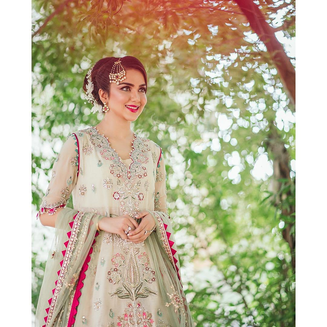 Syeda Tuba Aamir is Looking Gorgeous in Her Latest Shoot