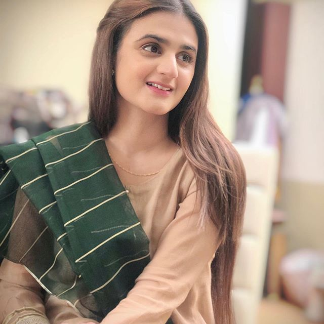 Teasers Of Upcoming Drama Featuring Hira Mani Junaid Khan Are Out 6