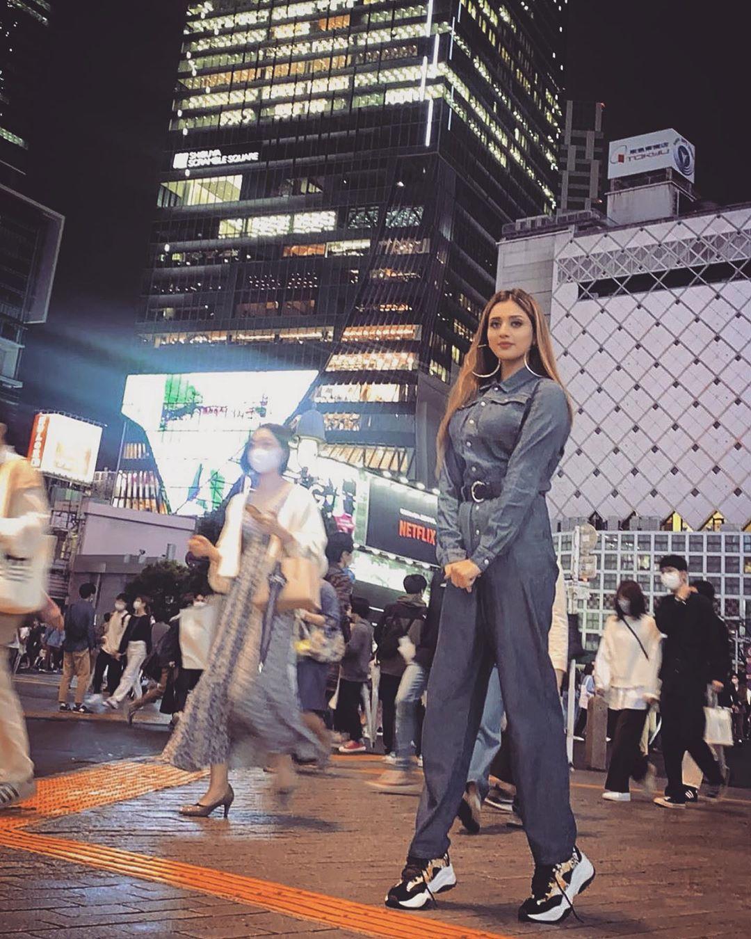 Jannat Mirza Japan