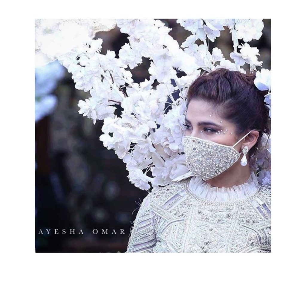 Times When Ayesha Omar Promoted Wearing of Masks
