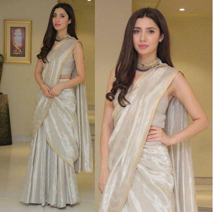 Top 10 Beautiful Dresses Worn By Mahira Khan