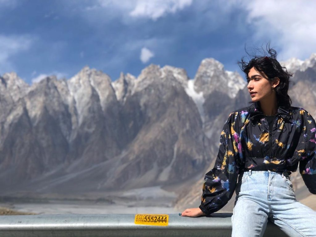 Eman Suleman Enjoying The Beauty Of Mountains With Her Partner