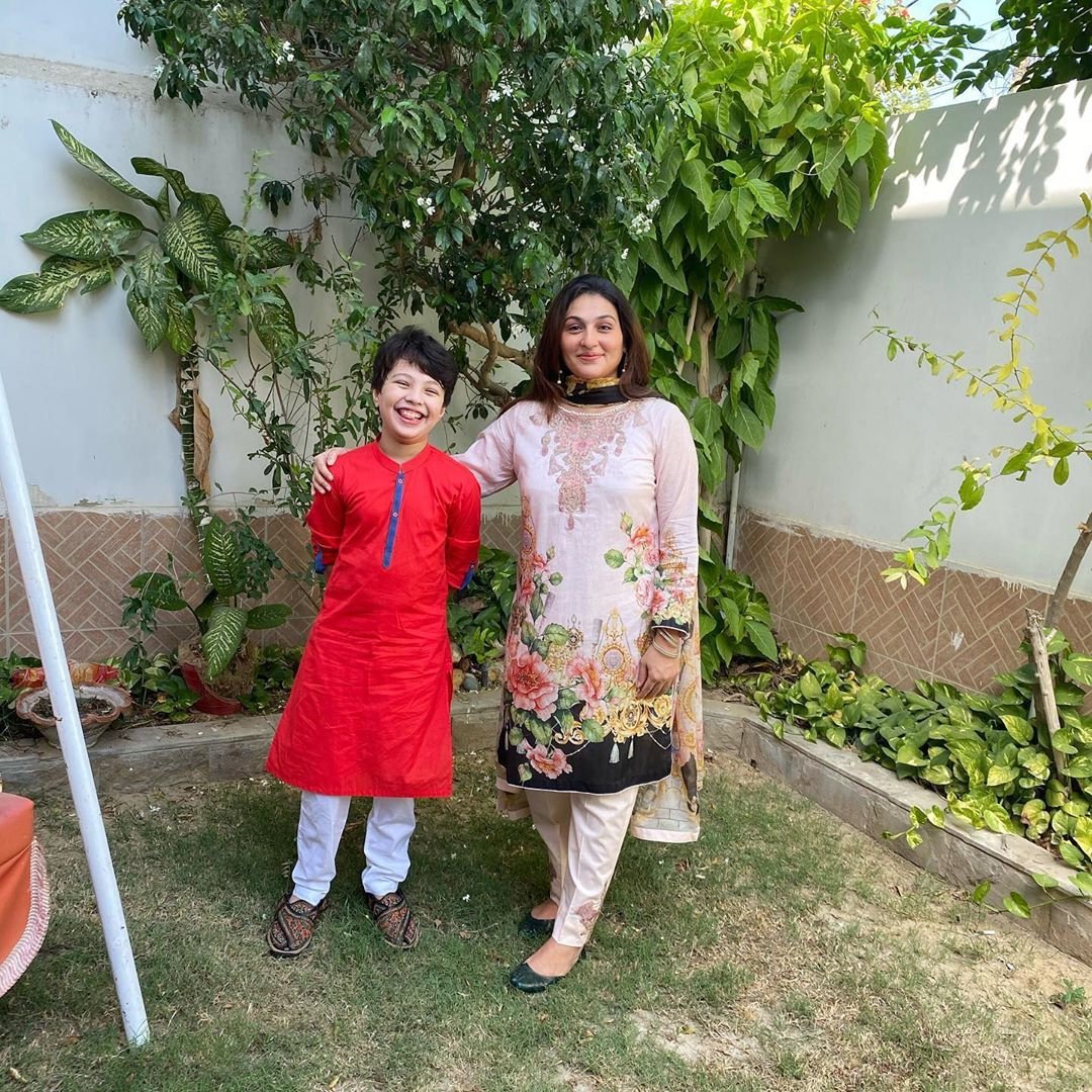 Qurat ul Ain Iqrar Celebrating Birthday with her Son Pehlaaj