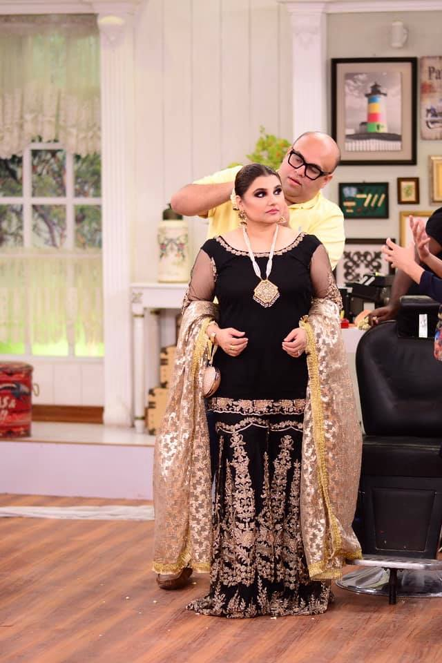 Beautiful Pictures of Javeria Saud in Nida Yasir Morning Show