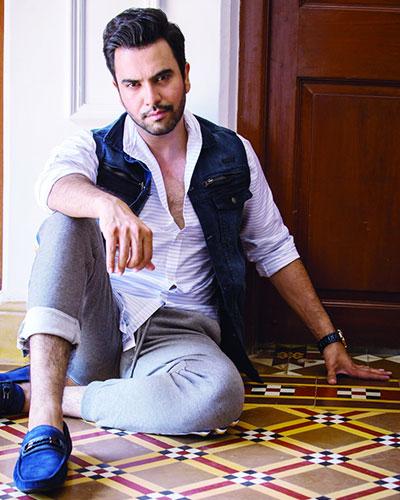 Junaid Khan Dedicated Songs To His Co-Stars