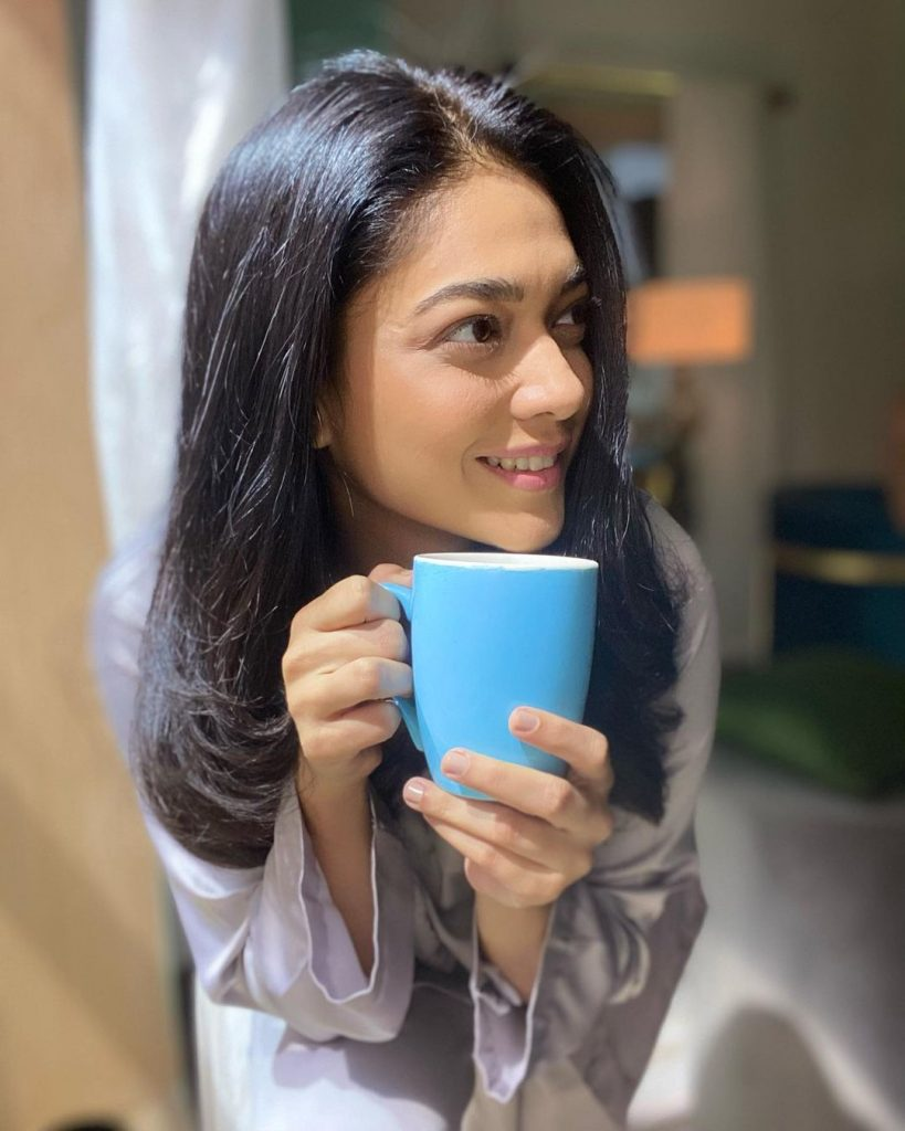 Lovely Casual Pictures of Sanam Jung that are Cute