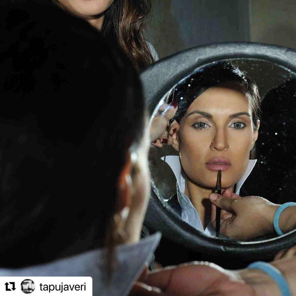 That is How Nadia Hussain Recreates Angelina Jolie
