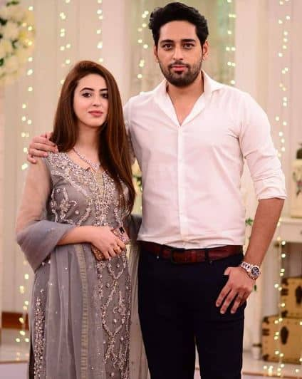 Salman Saeed And His Wife On The Set Of Morning At Home With Nadia Khan