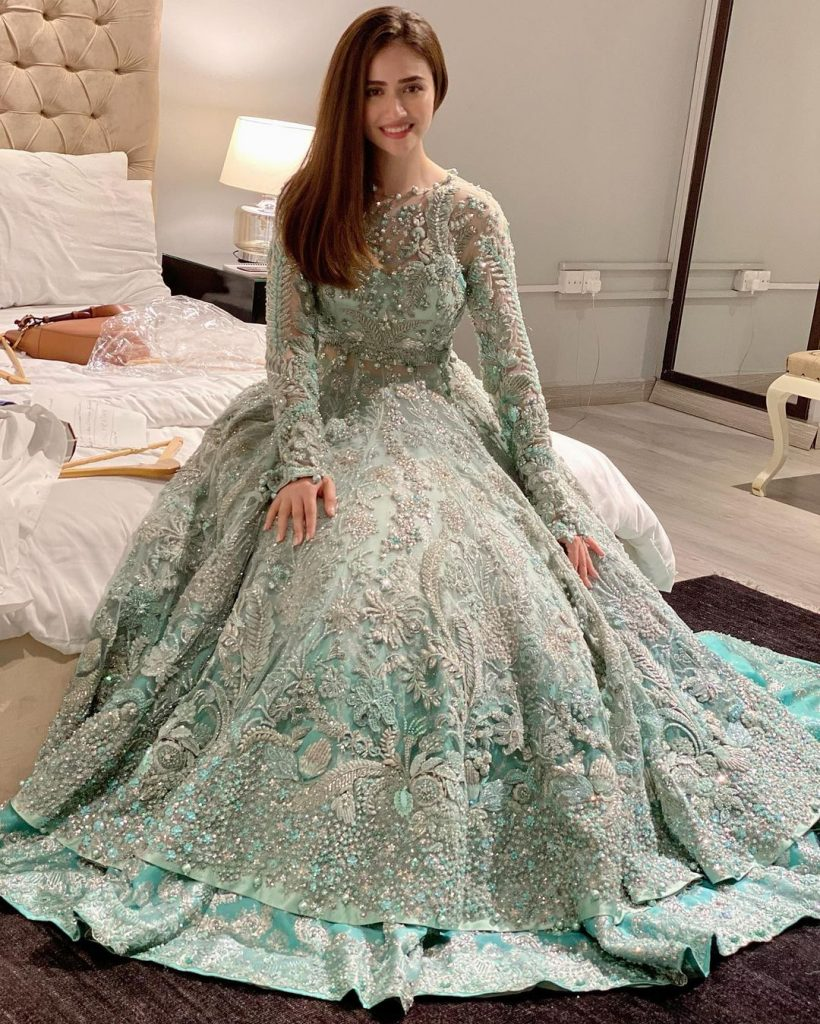 Beautiful Wedding Gowns that Sana Javed has Worn