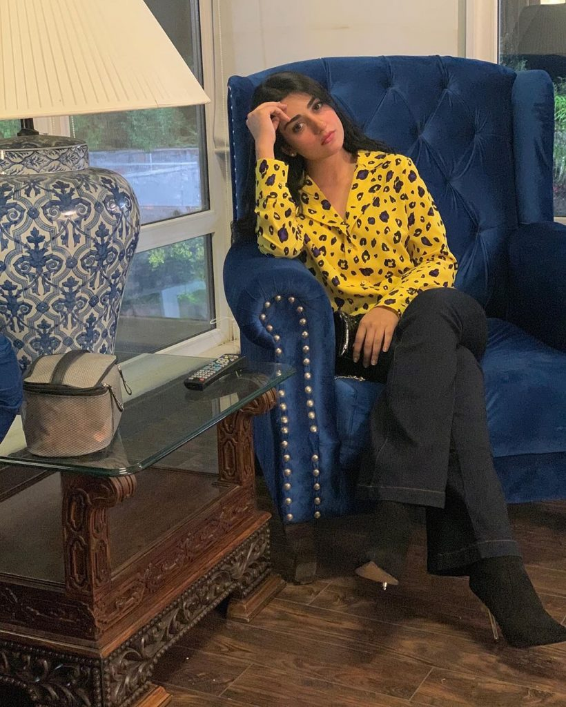 Sarah Khan Watching Sabaat With Husband Falak Shabir