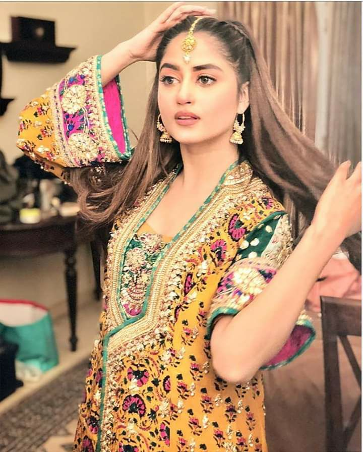 25 Beautiful Pictures Of Sajal Ali In Yellow