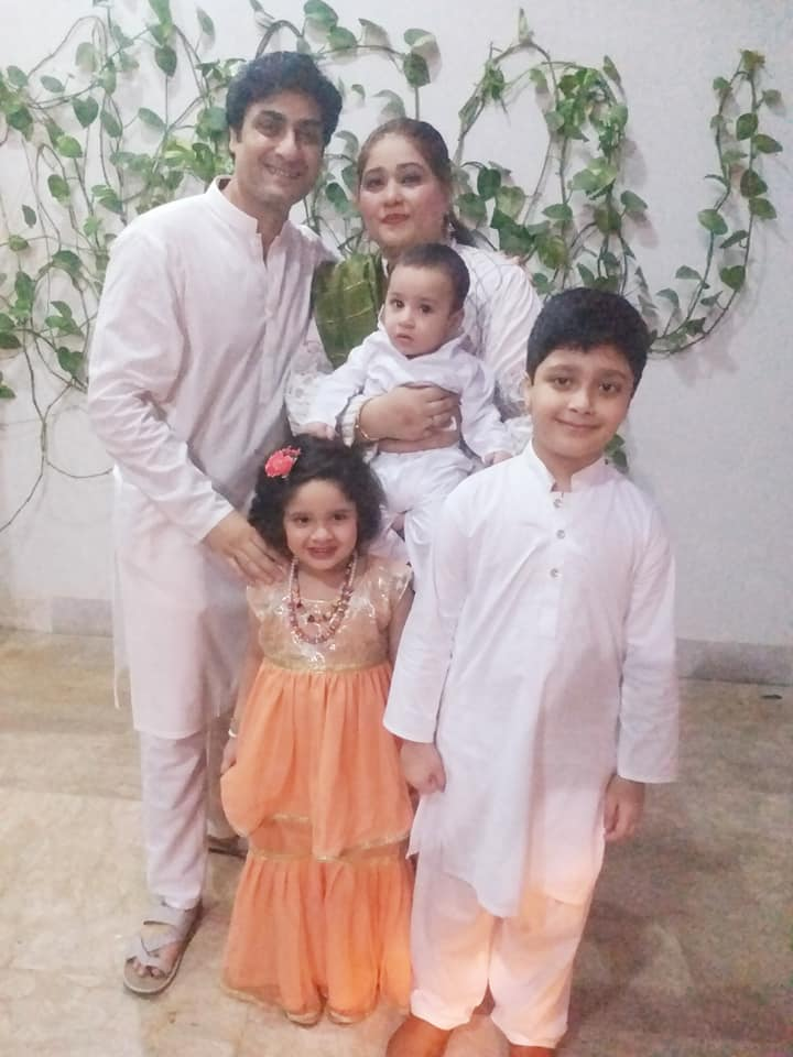 25 Kamran Jilani Photos With Family