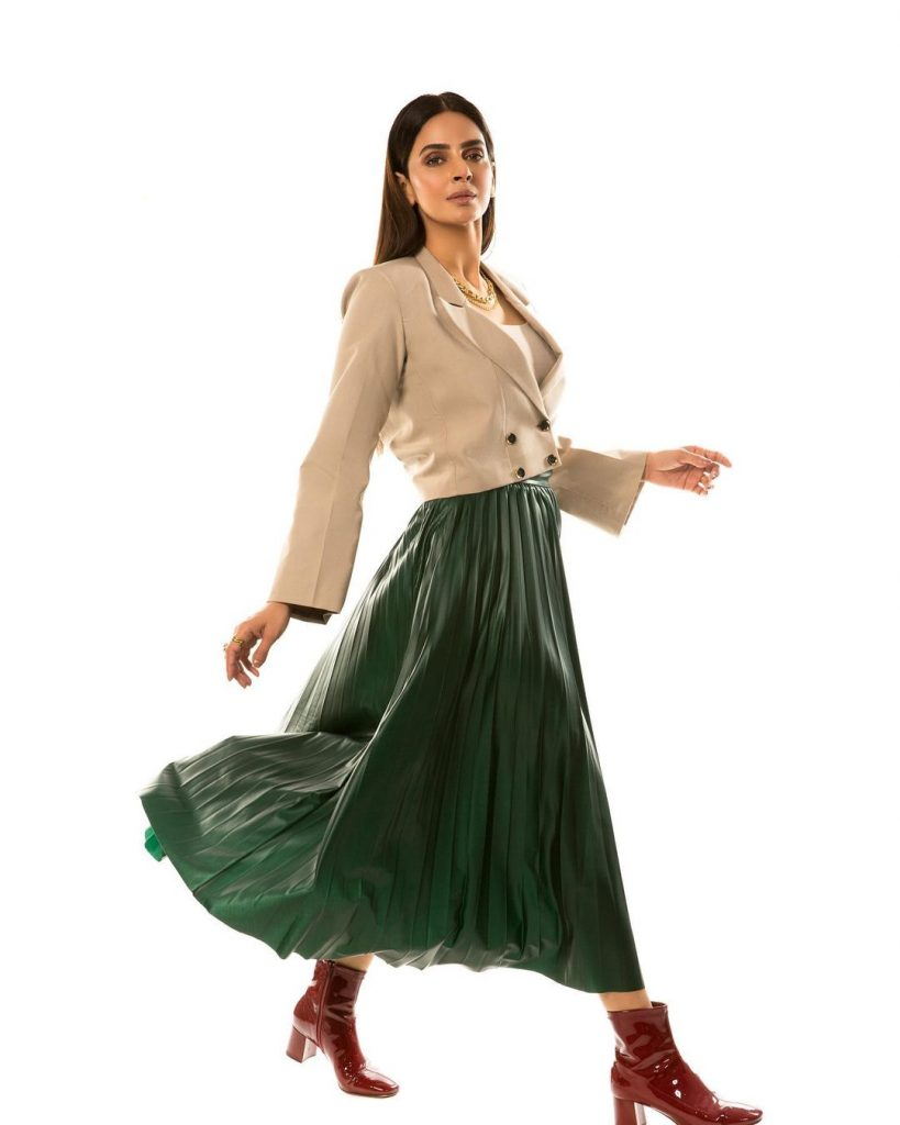 30 Lovely Pictures Of Saba Qamar In Western Dresses