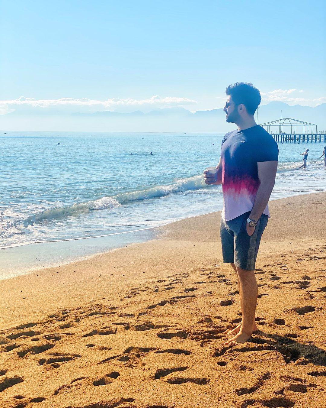 Aiman Khan and Muneeb Enjoying Beach Day in Antalya