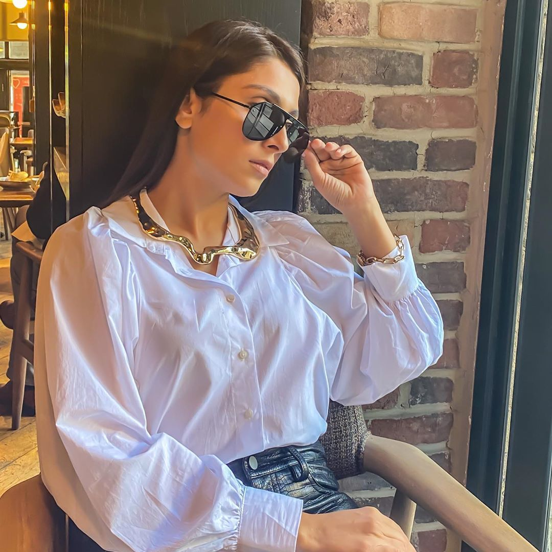 Ayeza Khan is Looking Stunning in her Latest Pictures