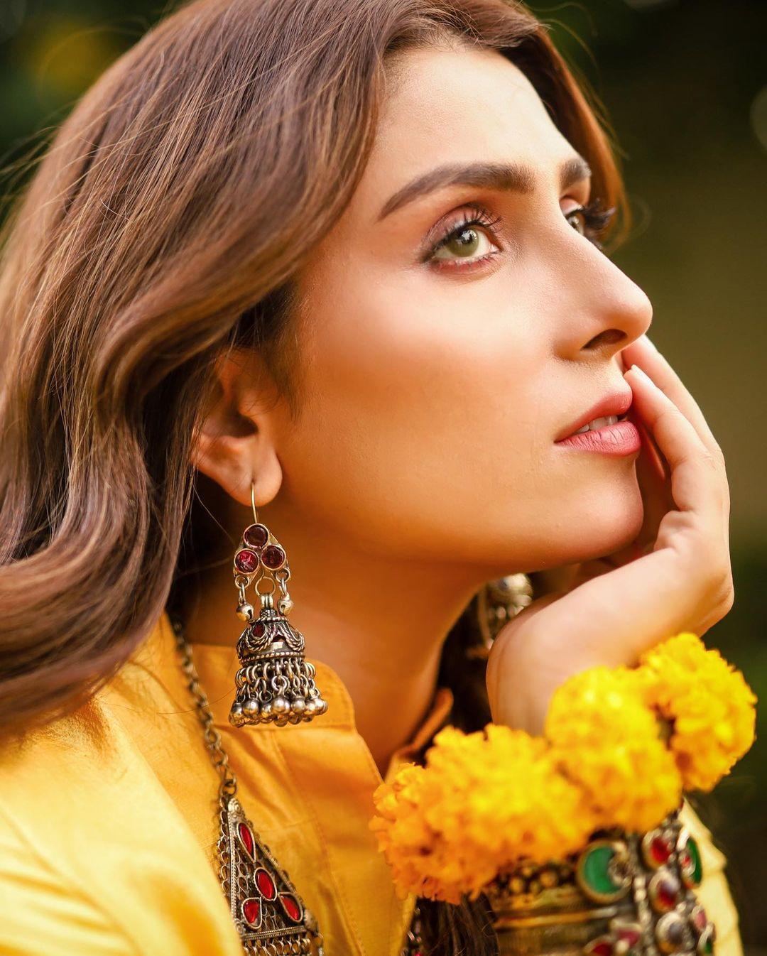 Ayeza Khan Photo Shoot for TJK Designs