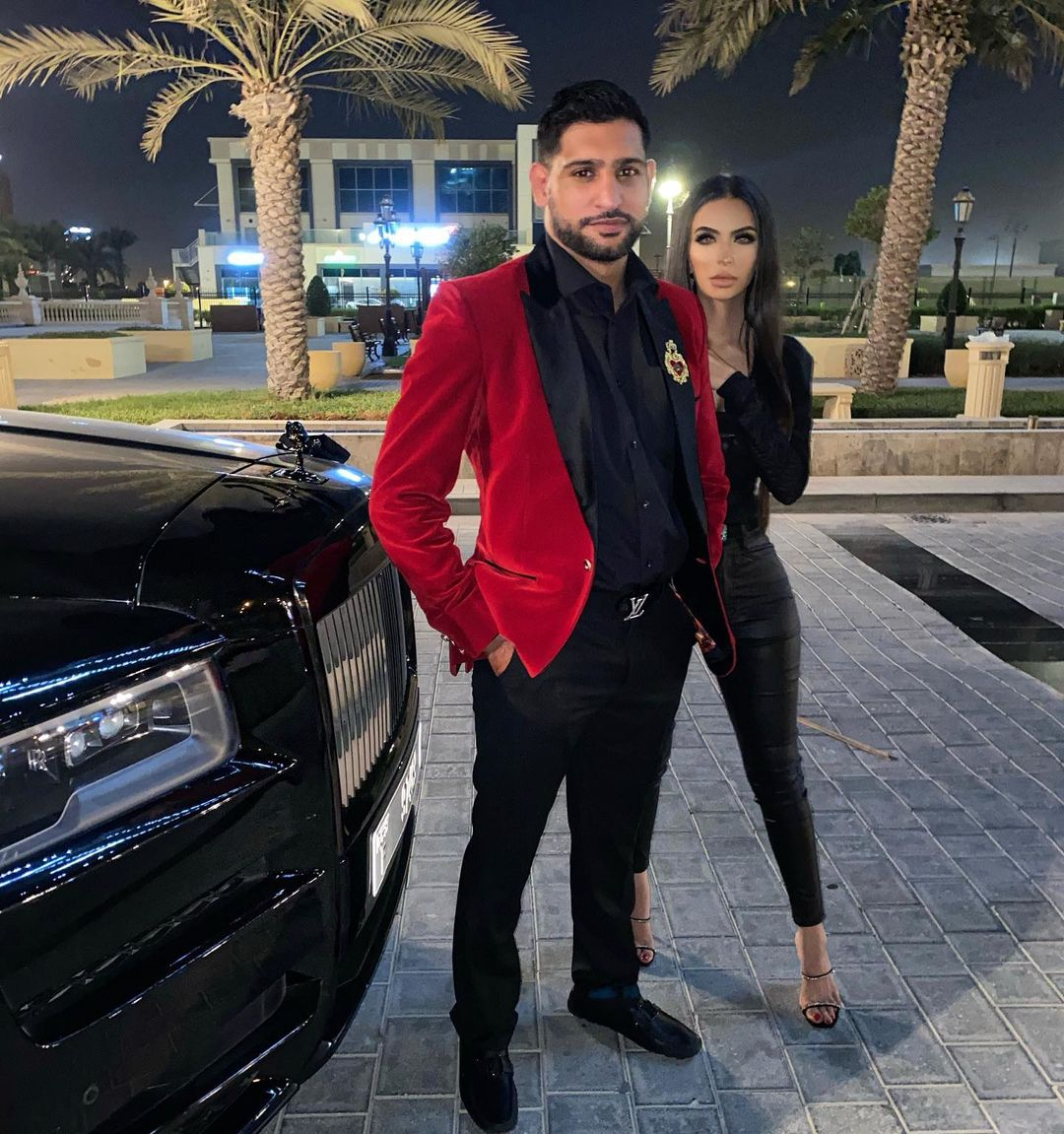 Amir Khan with his Wife Faryal Makhdom - Latest Pictures