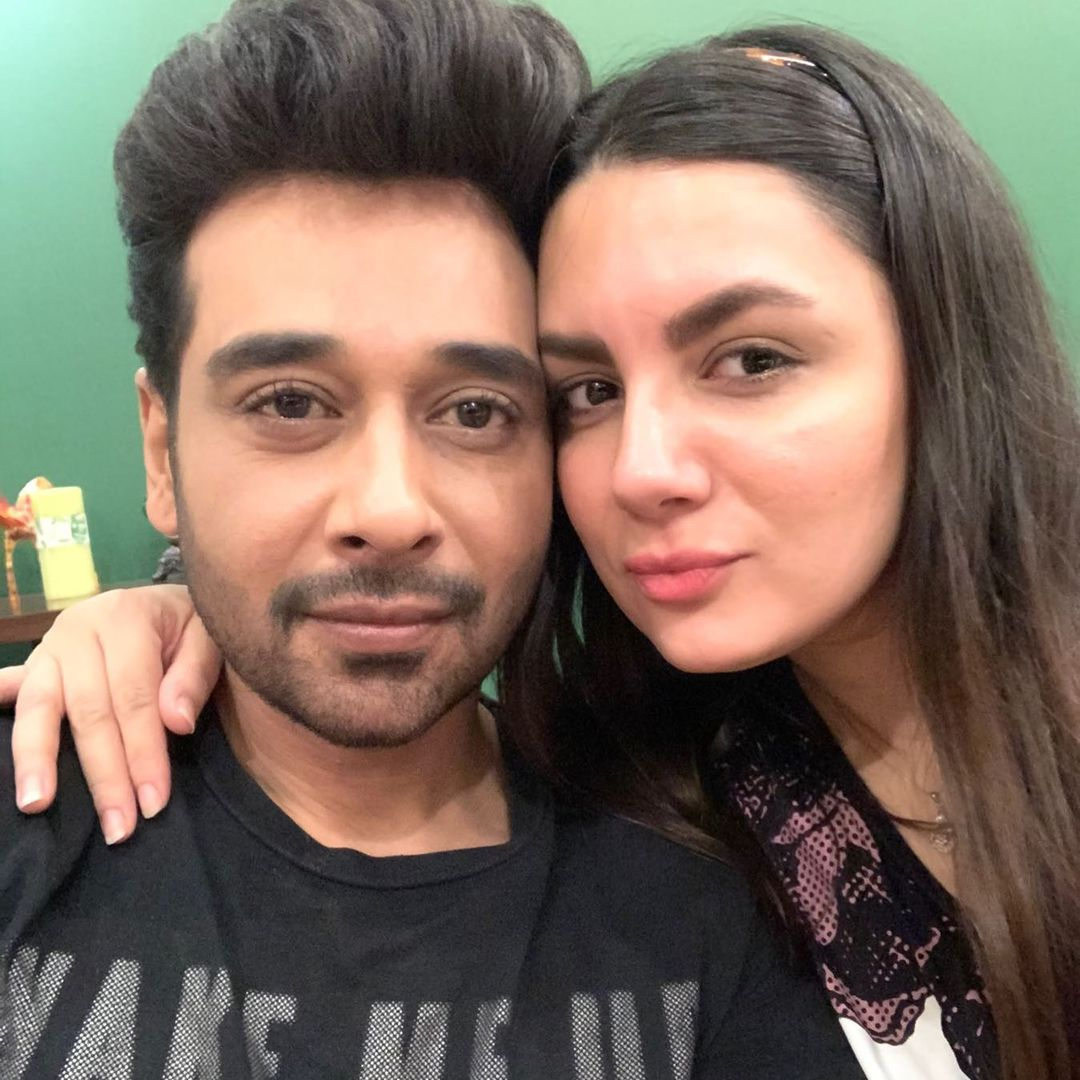 Faysal Qureshi with Family - 12 Adorable Pictures