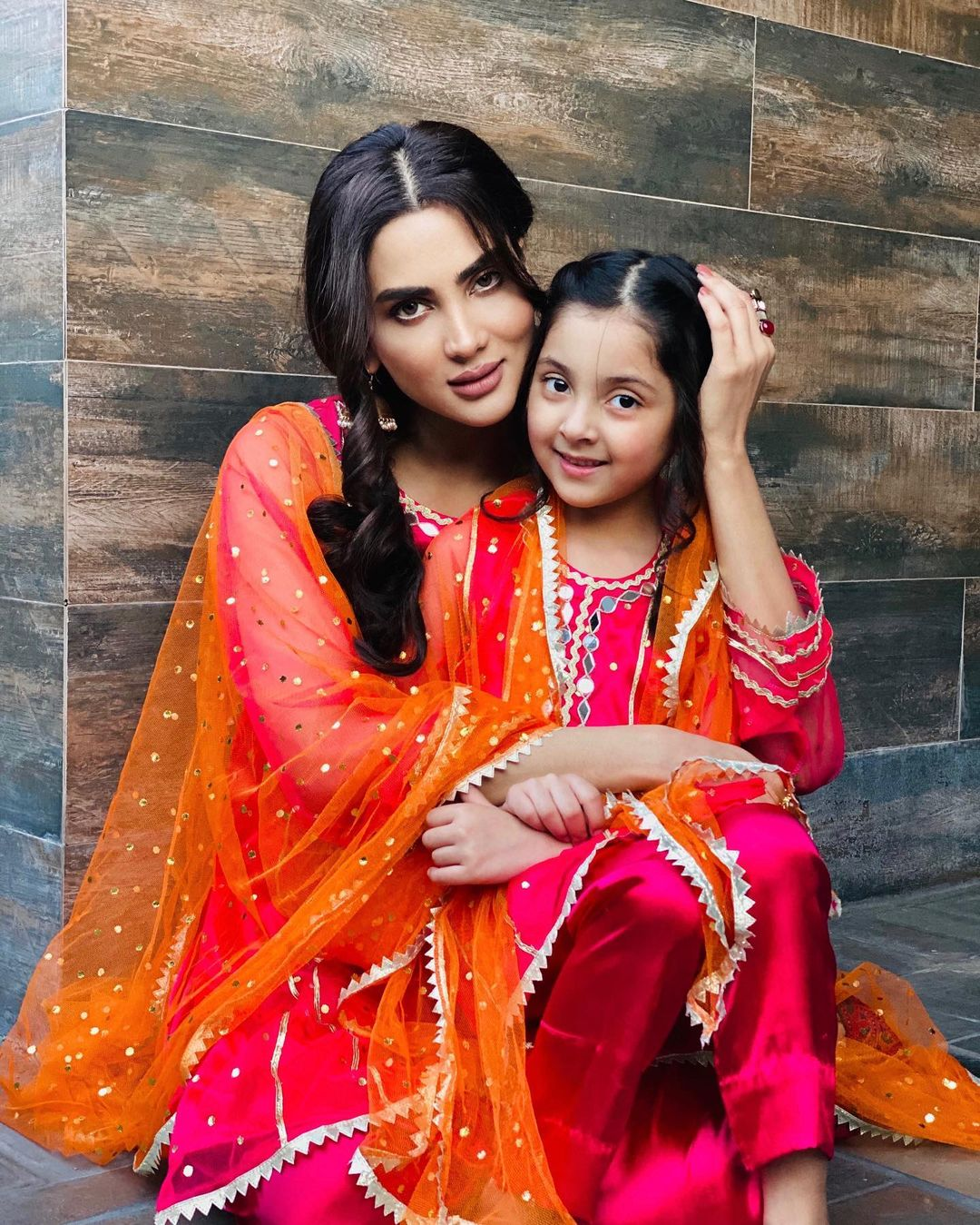 Actress Fiza Ali with her Cute Daughter Faraal - Adorable Pictures