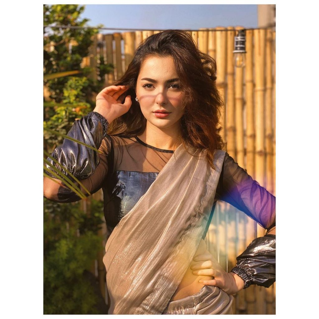 Hania Aamir Sings Asim Azhar's Song