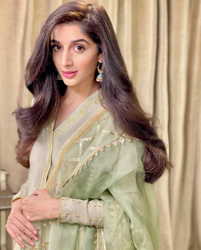 Here Is Why Mawra Decided To Leave The Country