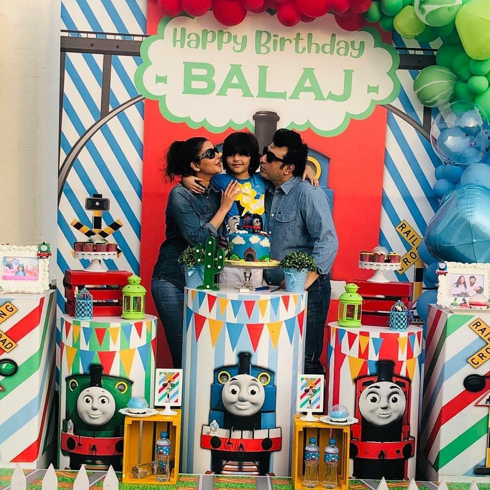 Nida Yasir Family - 10 Adorable Pictures