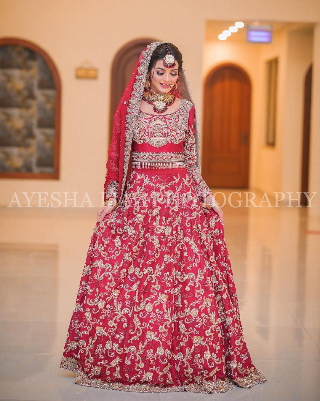 Actress Sadia Khan Beautiful Bridal Shoot for La Fiore