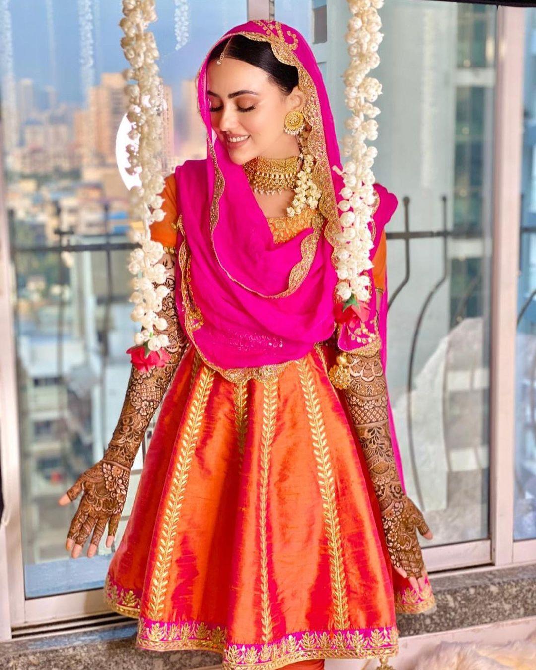 اداکارہ ثنا خان اپنی شادی کی - خوبصورت تصاویر