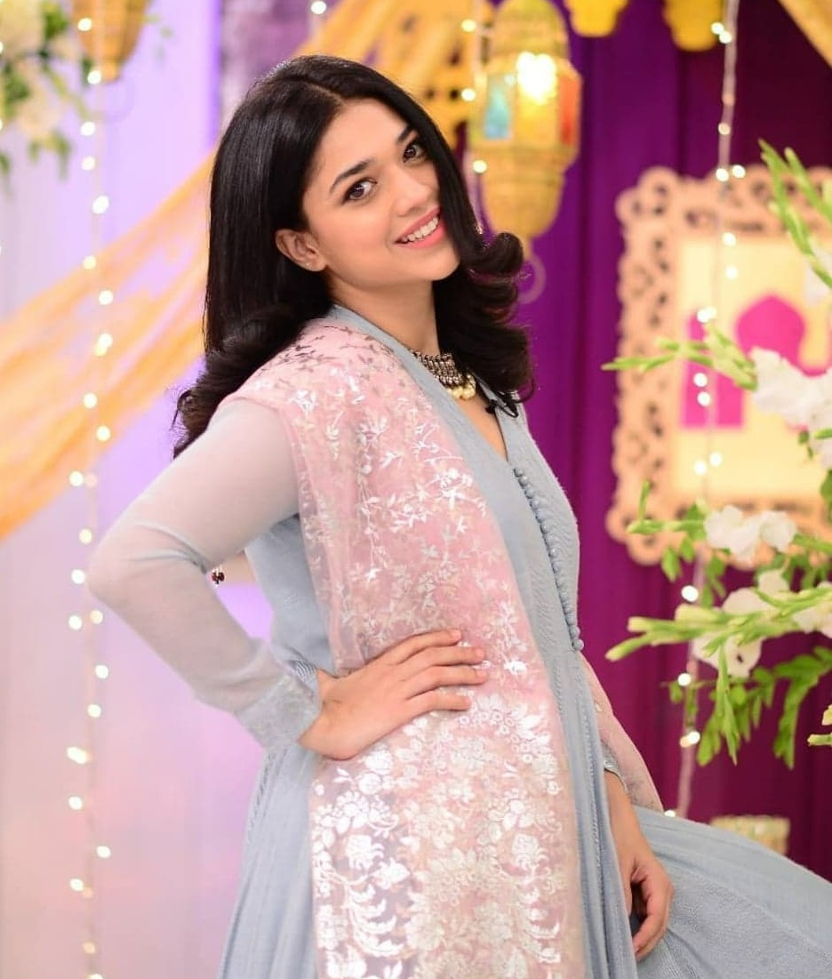 15 Pakistani Actresses Who Are Naturally Beautiful