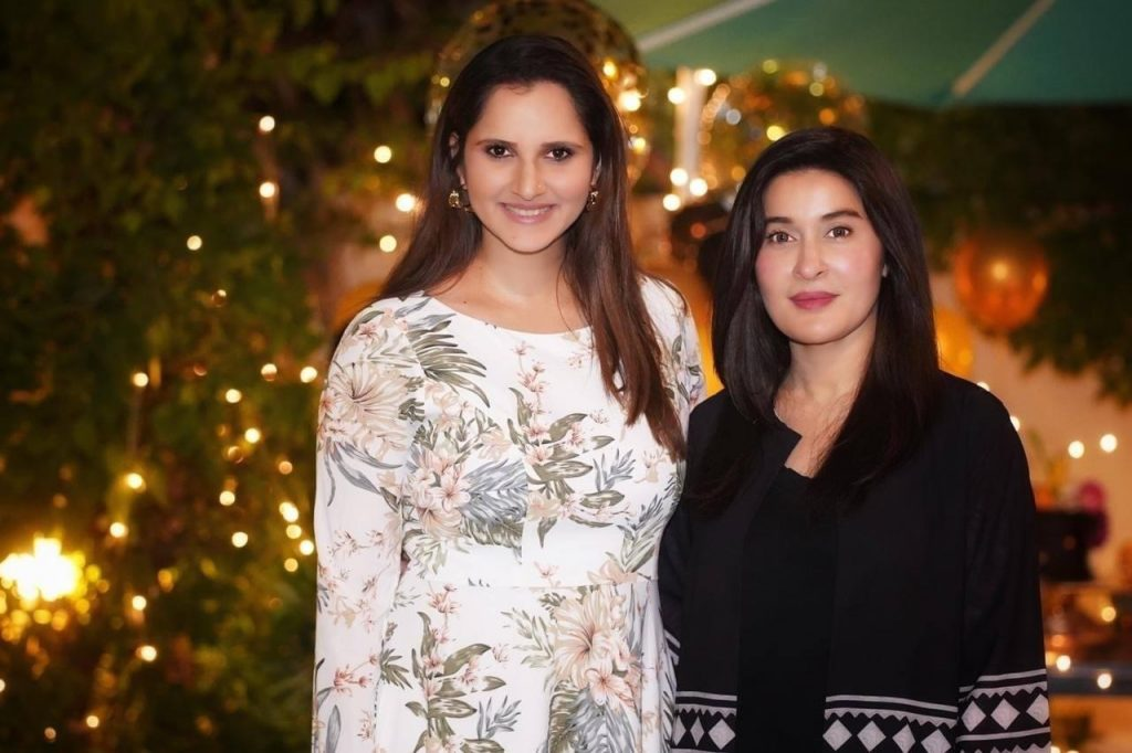 Sania Mirza Birthday with Her Family - Adorable Pictures